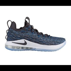 New Men's Nike LeBron 15 Low. Signal Blue